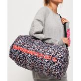 Superdry Dámska športová taška Sport Barrell Bag