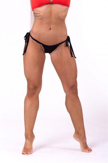 Nebbia Šnurovacie scrunch butt bikini 673
